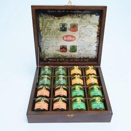 Bilbo Дървена кутия за 16бр бурканчета мед