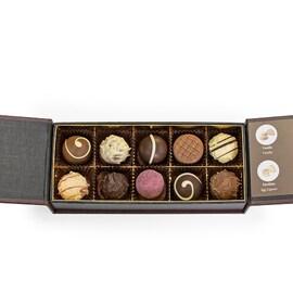 Подаръчна кутия Dreimeister Elegance Edition с шоколадови трюфели