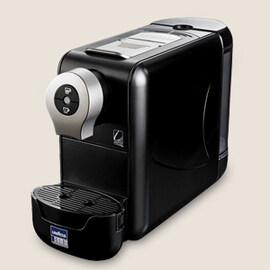 Lavazza Blue Compact кафемашина черна